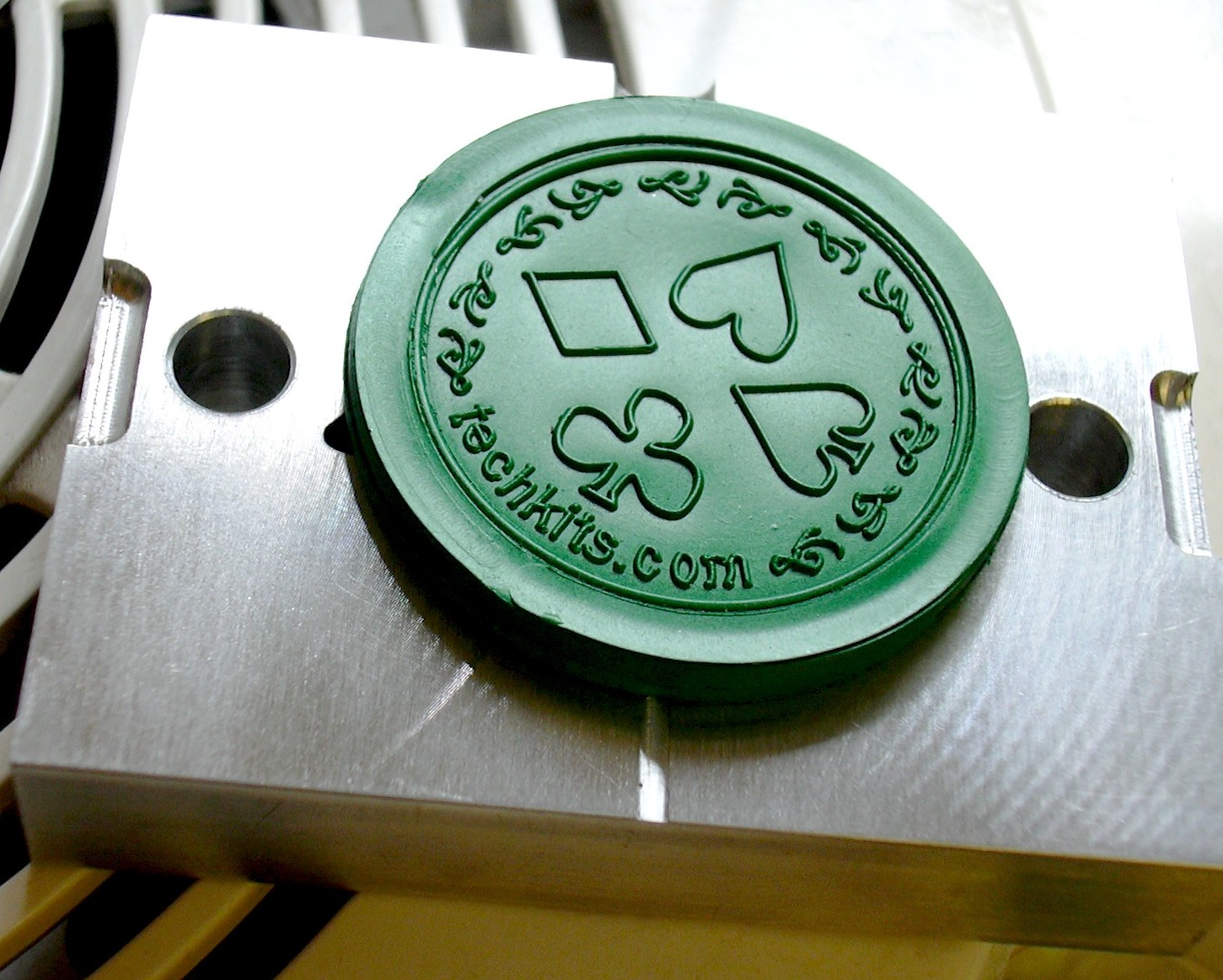 Plastic injection poker chip mold