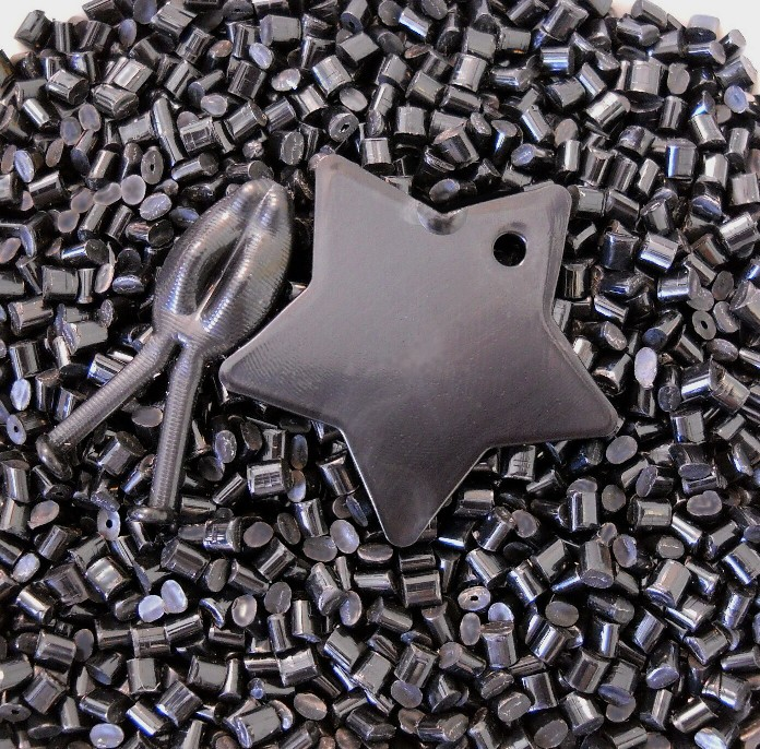 Black ABS pellets