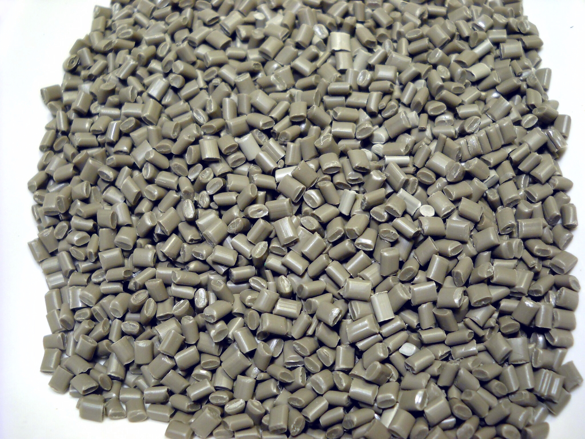 Gray Polypropylene Pellets